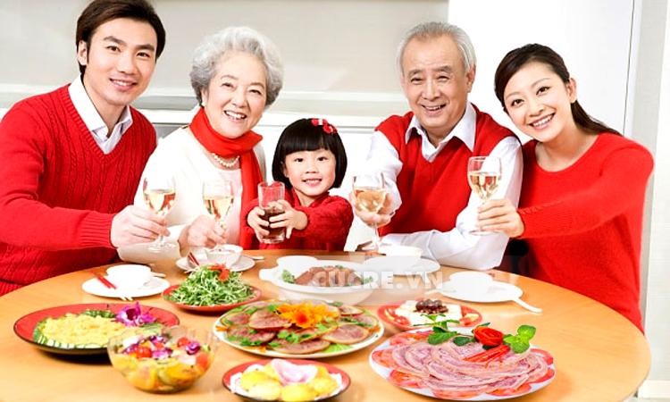Những phong tục đón Tết lạ ở nhiều nước châu Á