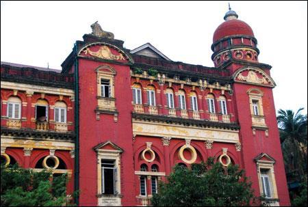 Yangon thành phố đa sắc màu