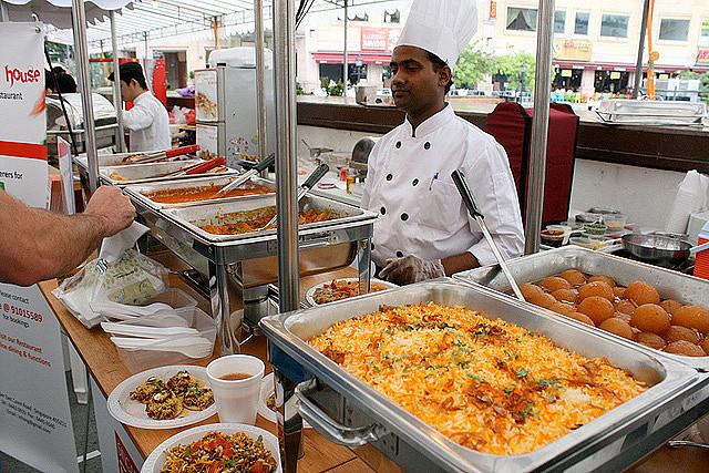 Khám phá lễ hội ẩm thực Singapore