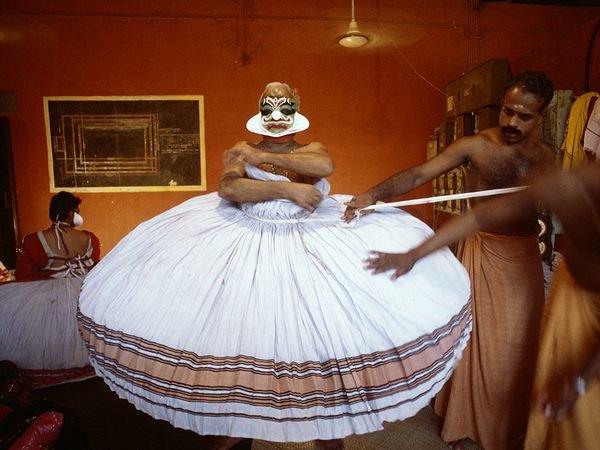 Hình ảnh vũ công Kathakali