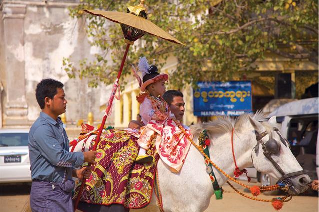 Lễ xuất gia Myanmar1