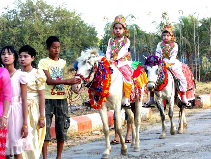 Lễ xuất gia Myanmar3