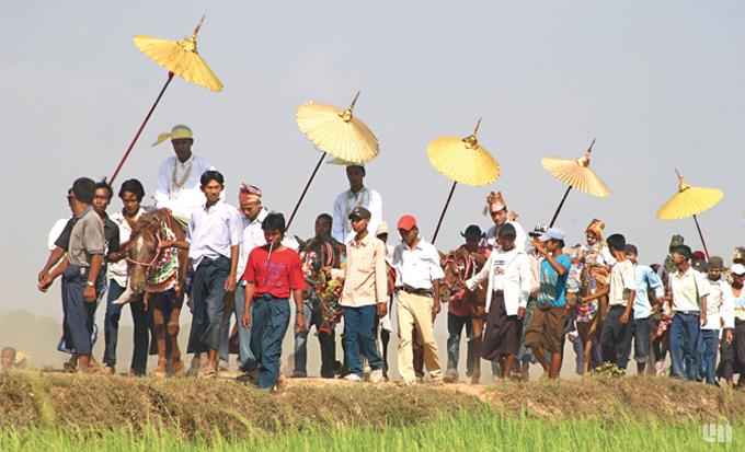 Lễ xuất gia Myanmar5