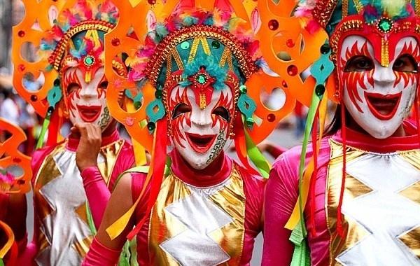 lễ hội mặt cười
