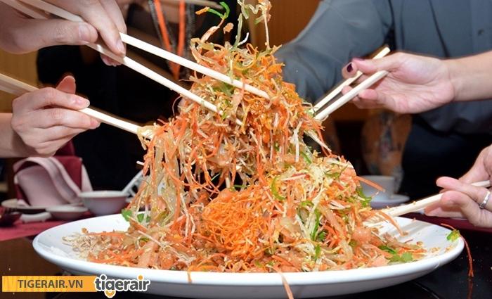 Món gỏi Yusheng