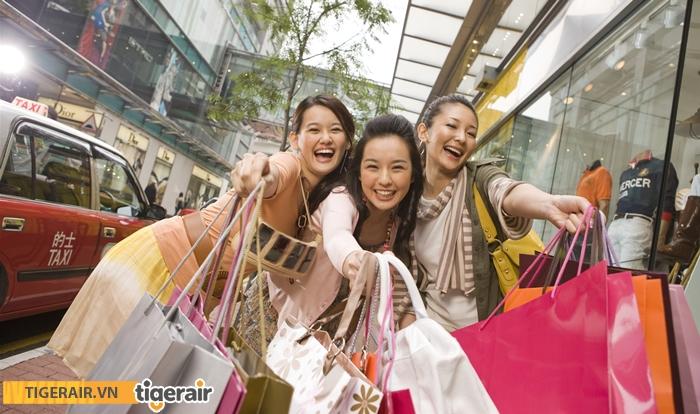 Mua sắm cuối năm Singapore