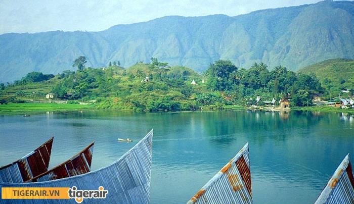 Hồ Toba