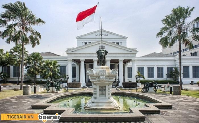 Tham quan bảo tàng Nasional