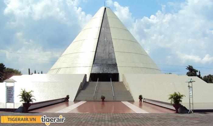 Đài kỷ niệm Yogya Kembali