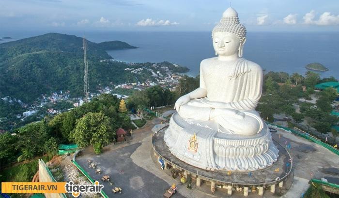 Tham quan tượng Phật Lớn