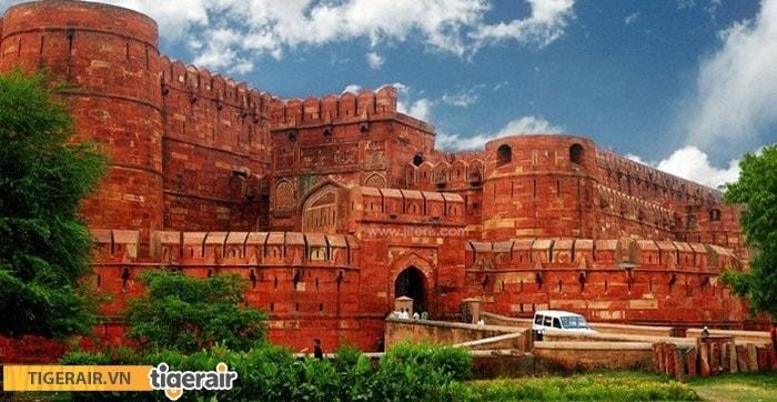 Agra - thành phố đỏ của pháo đài