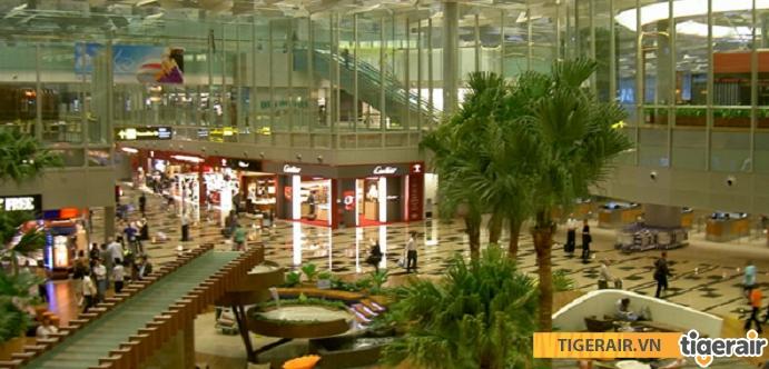 Khu vực mua sắm tại sân bay